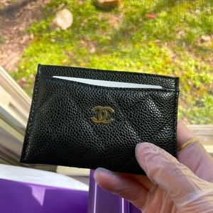 Chanel Classic Caviar card holder GHW